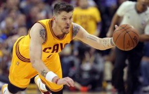 Mike Miller Loose Ball In Finals
